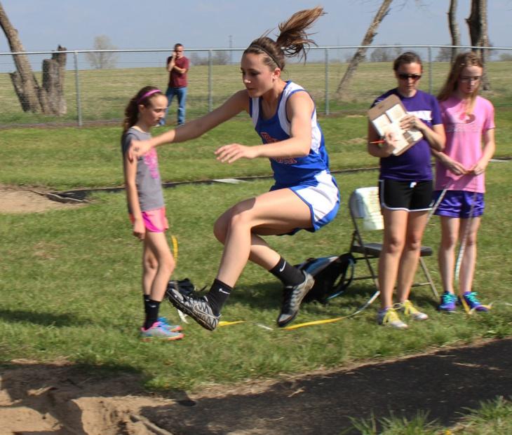150407-Allison Taylor-Long Jump