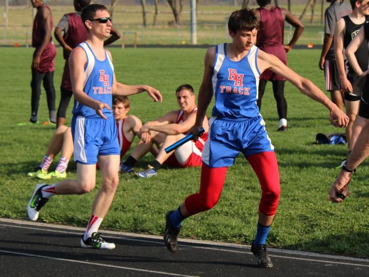 150407-Dustin Miller-4x800m relay