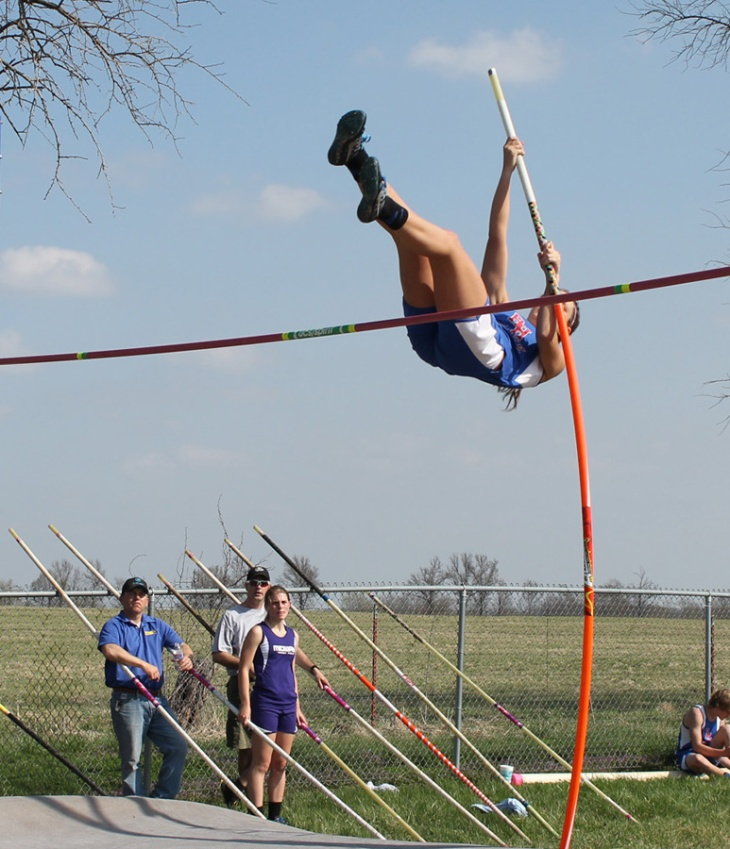 150407-Jordann Wheatley-Pole Vault