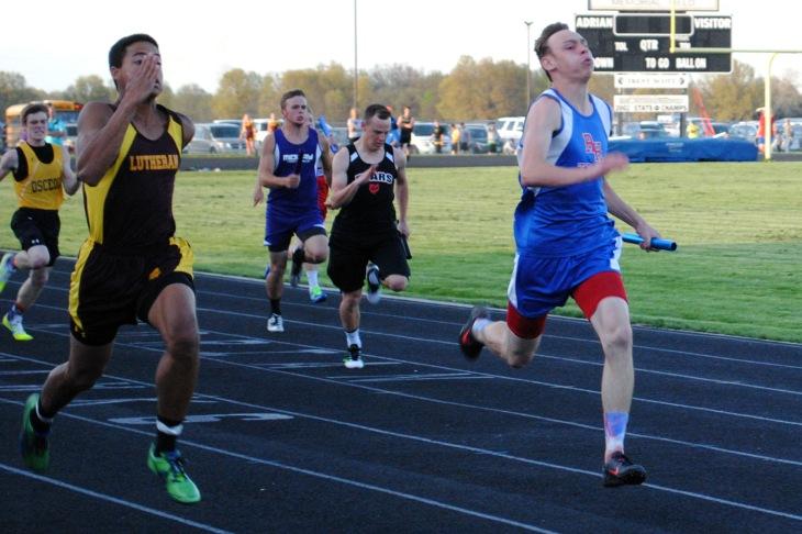 Aadin Humble-4x100m relay