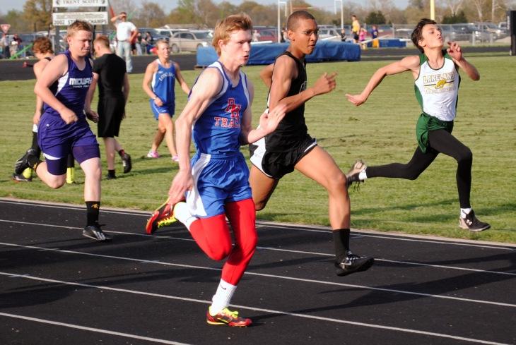 Dalen Lewis-100m dash